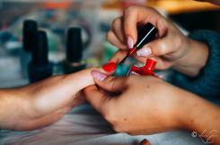 nails & colors bar à ongles itinerant bretagne pays de la loire 44 56 29 35 85 72 22 53 mariage breton animation originale nail art motif sur ongle nolwenn petillon