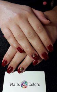 nails & colors bar à ongles itinerant bretagne pays de la loire 44 56 29 35 85 72 22 53 mariage breton animation originale nail art strass et paillettes